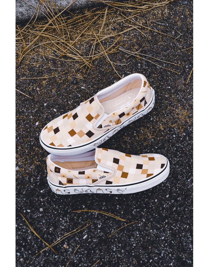 classic slip-on (fight breast cancer)